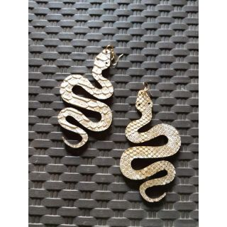 Snake Earing made from natural leather-2037